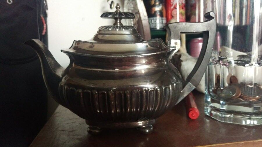 Walker and Hall Teapot - silver plate