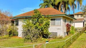 House demolition & asbestos removal