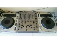 Pioneer CDJ 800 mk2 pair & Pioneer DJM 600-S mixer