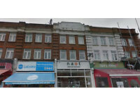 Lovely spacious studio flat on the ground floor available in Barnet. HB and DSS accepted.