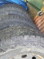 4 All-terrain/Mud tires Hankook Dynapro WITH 17in Rims