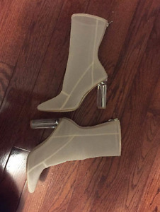 Mesh Perspex Boots for sale size 9