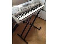 Keyboard Casio with Stand