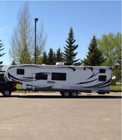 PRICED TO SELL!!! 36FT TOYHAULER FOR SALE