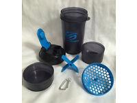 BRAND NEW SmartShake V2 27oz gym/sports/hike/travel bottle BPA/DEHP free