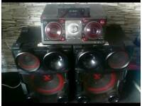 LG XBOOM 250.000 Watts, CM9730 mini system, this is crazy loud