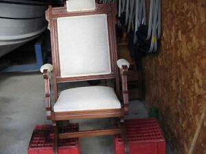 ANTIQUE ROCKING CHAIR London Ontario image 7
