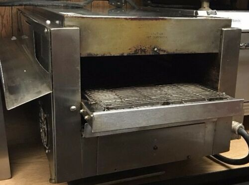 Star QT14BWR Electric Conveyor Oven/toaster USED  -  See description