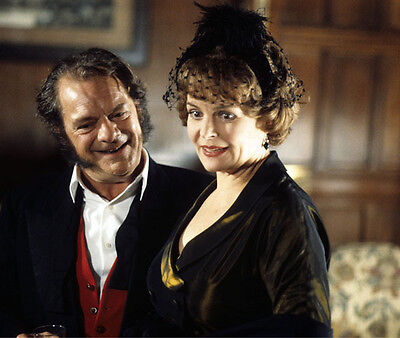 Isla Blair and David Jason UNSIGNED photo - H7231 - The Darling Buds of May