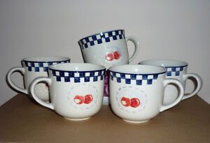 6 Large MUGS : Excellent Condition : Cameo Apple ::