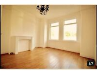 Spacious 2 bed flat available with separate kitchen and Garden