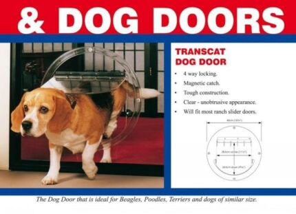 Small-medium dog door
