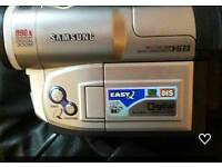 SAMSUNG VP-L750D CAMCORDER.WORKS PERFECTLY. 5X TAPES INCLUDED