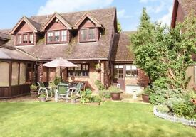 4/5 bed House in Wokingham Finchampstead for immediate rent..