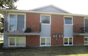 4-plex for Sale, Positive Cash Corner property with Green space
