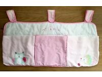 Cot organizer with 3 big pockets!