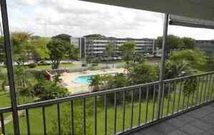 Hollywood Florida condo for rent West Island Greater Montréal image 4