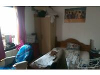 One room available from the 24-25 September. Ideal for Aberdeen uni students.