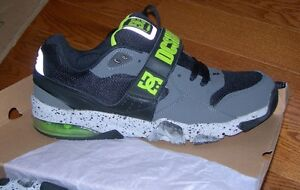 Neuf DC Shoes chaussures size 13