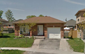 2+2 Bungalow Perfect For Starter House/Rental