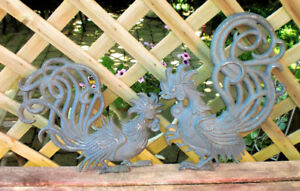 VINTAGE PAIR OF BLACK METAL SEXTON ROOSTER/CHICKEN WALL PLAQUES