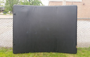 Tunnel cover for dodge dakota