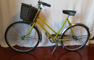 Women's Vintage Bike Supercycle