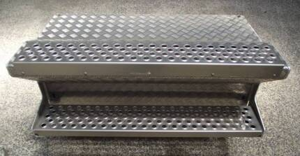 KENWORTH BATTERY BOX / TOOLBOX