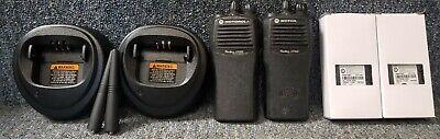 Motorola Cp200 Uhf Set Of 2 Radios 4 Chan W Batteries Chargers Good Buy 1-7 Sets