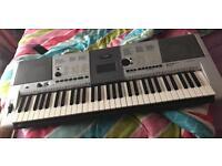 Yamaha e403 keyboard