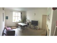 Available NOW: bright 1 bedroom flat in BELSIZE PARK / SWISS COTTAGE / CHALK FARM