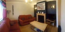 Double room in spacious house - with parking and good bus links into Bristol