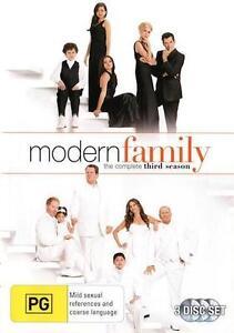MODERN FAMILY SEASON 3 : NEW DVD