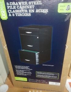 Brand new Casemate 3 drawer steel file cabinet. Locking save 70