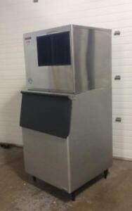 Hoshizaki Ice Machine - Modular commercial ice machine and bin - Great shape and Low price!