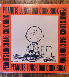 CHARLEY BROWN PEANUTS LUNCH BAG COOK BOOK