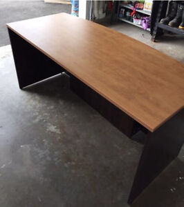 Office table for sale..