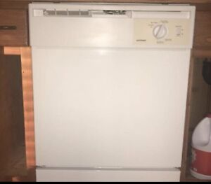 Hotpoint dishwasher- great condition!