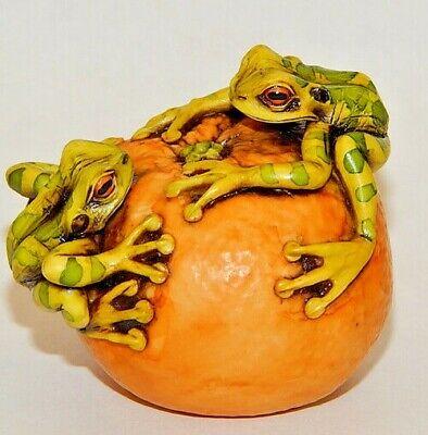 Harmony Kingdom Artist Neil Eyre Tree Frog Frogs Tangerine Fruit Orange Handmade