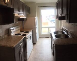 3 BEDROOM TOWN HOUSE IN MILLWOODS , REDUCED RENT