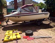 1992 Seafarer Vixen fibreglass outboard boat for sale. Montmorency Banyule Area Preview