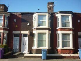 3/4 bed student property £75 inc bills L15
