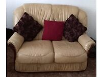 2 seater leather settee - Good condition - please view image