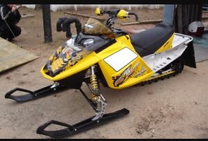 """Wanted 2004-2007 skidoo rev 800 or 440  121"""""""
