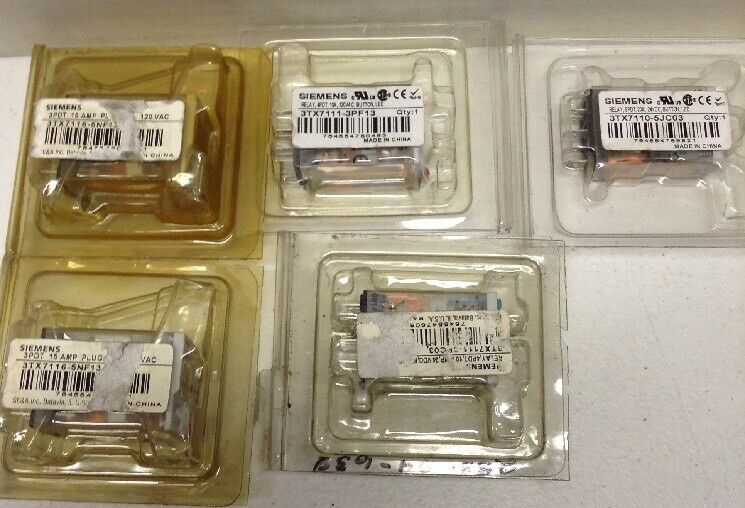 Siemens Plug-In Relays LOT OF 5 Assorted