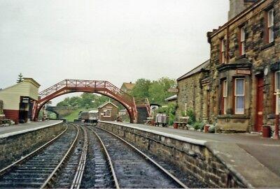 PHOTO  YORKSHIRE  GOATHLAND RAILWAY STATION NORTH YORKSHIRE MOORS RAILWAY 1988 1