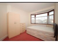 One double room to rent in goodmayes