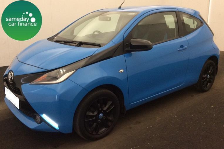 £143.43 PER MONTH 2015 BLUE TOYOTA AYGO 1.0 VVT-i X-CITE 2 3 DOOR PETROL MANUAL