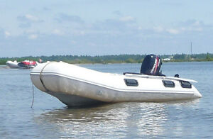 10' BRIG INFLATABLE WITH 6HP MERCURY
