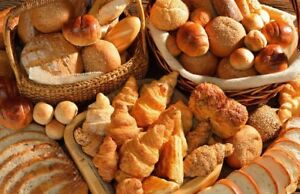 Plastic Baking Trays and Racks To Help Your Bakery Thrive!